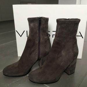 Via Spiga real suede zip ankle boots. OTO